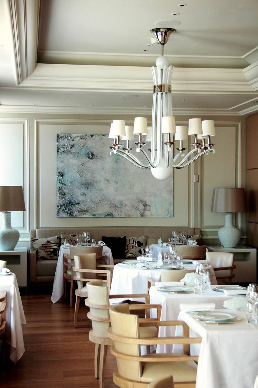Hotel-Hermitage-Monte-Carlo-le-vistamar-restaurant-seating-main-area