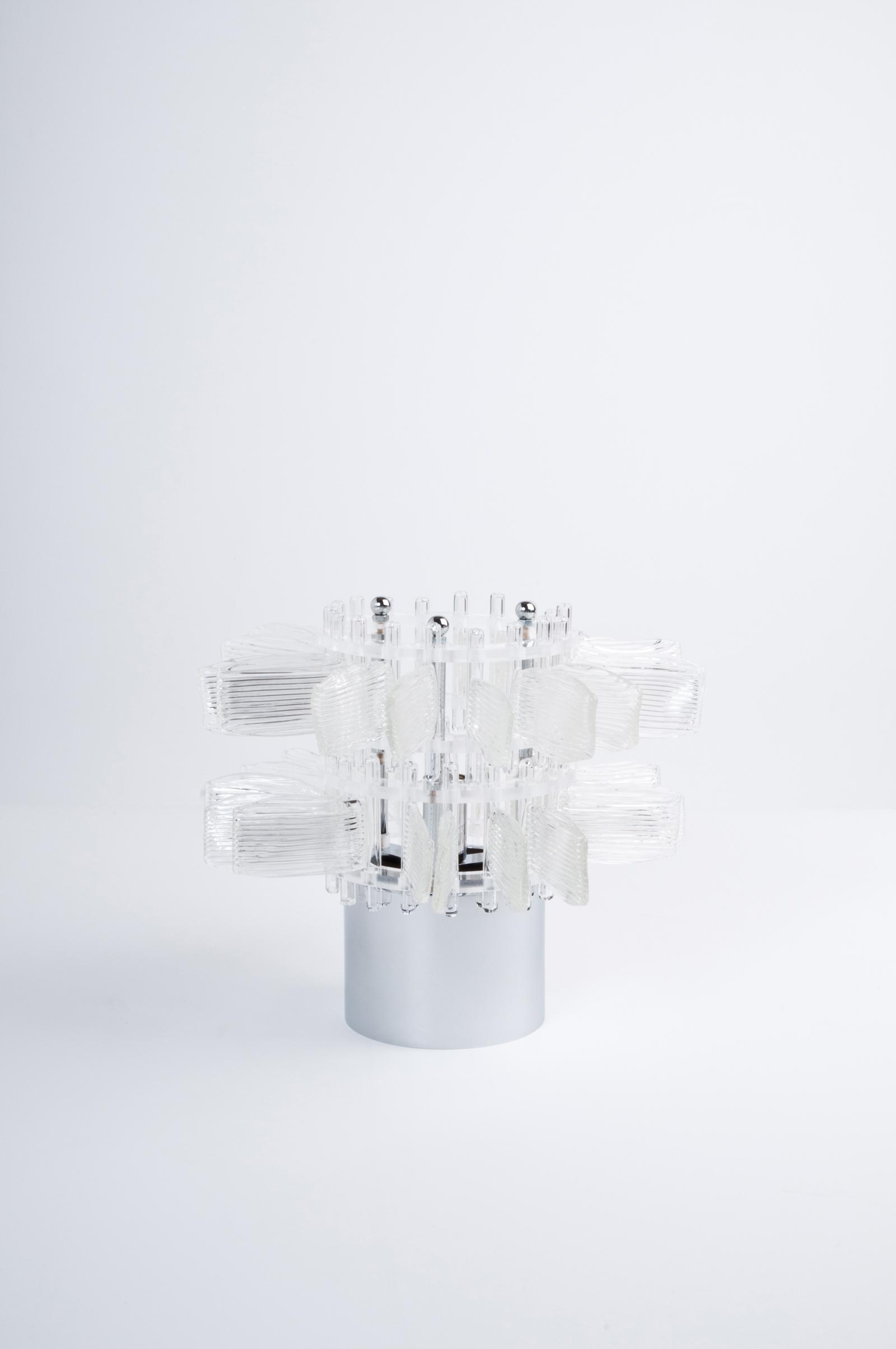 anemone-20-table-chrome-cristal-crystal-veronese-maurizio-galante-tal-lancman-11.jpg