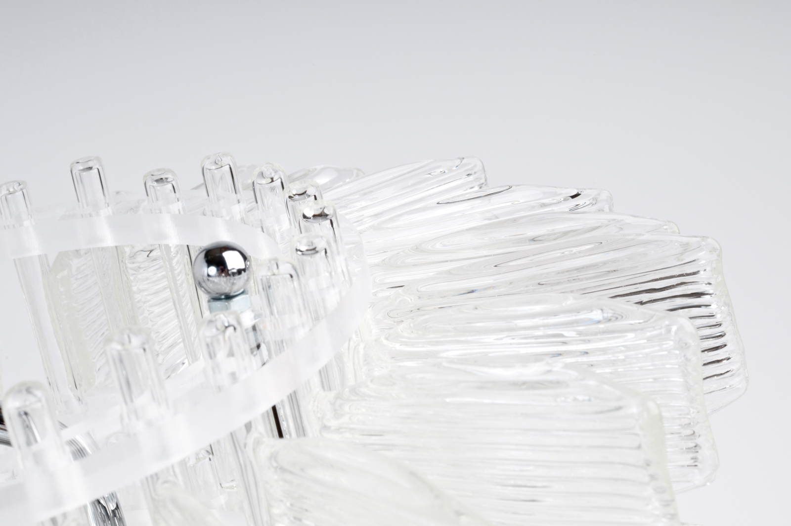 anemone-20-table-chrome-cristal-crystal-veronese-maurizio-galante-tal-lancman-31.jpg