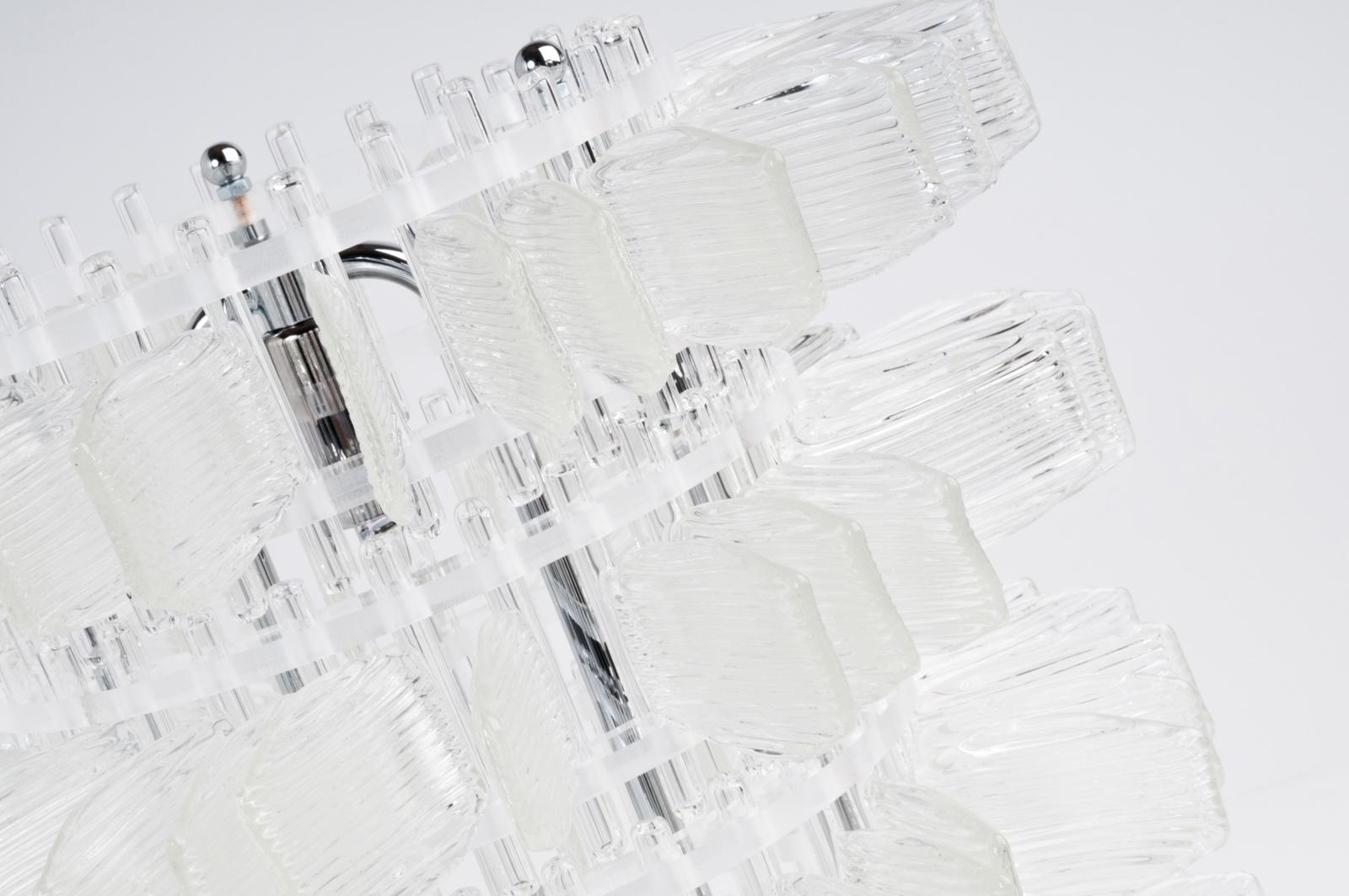 anemone-32-table-chrome-cristal-crystal-veronese-maurizio-galante-tal-lancman-91.jpg