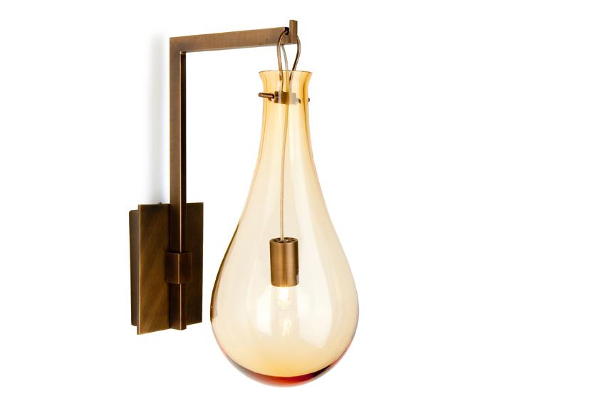 drop-applique-wall-sconce-amber-ambre-bronze-patrick-naggar-veronese.jpg