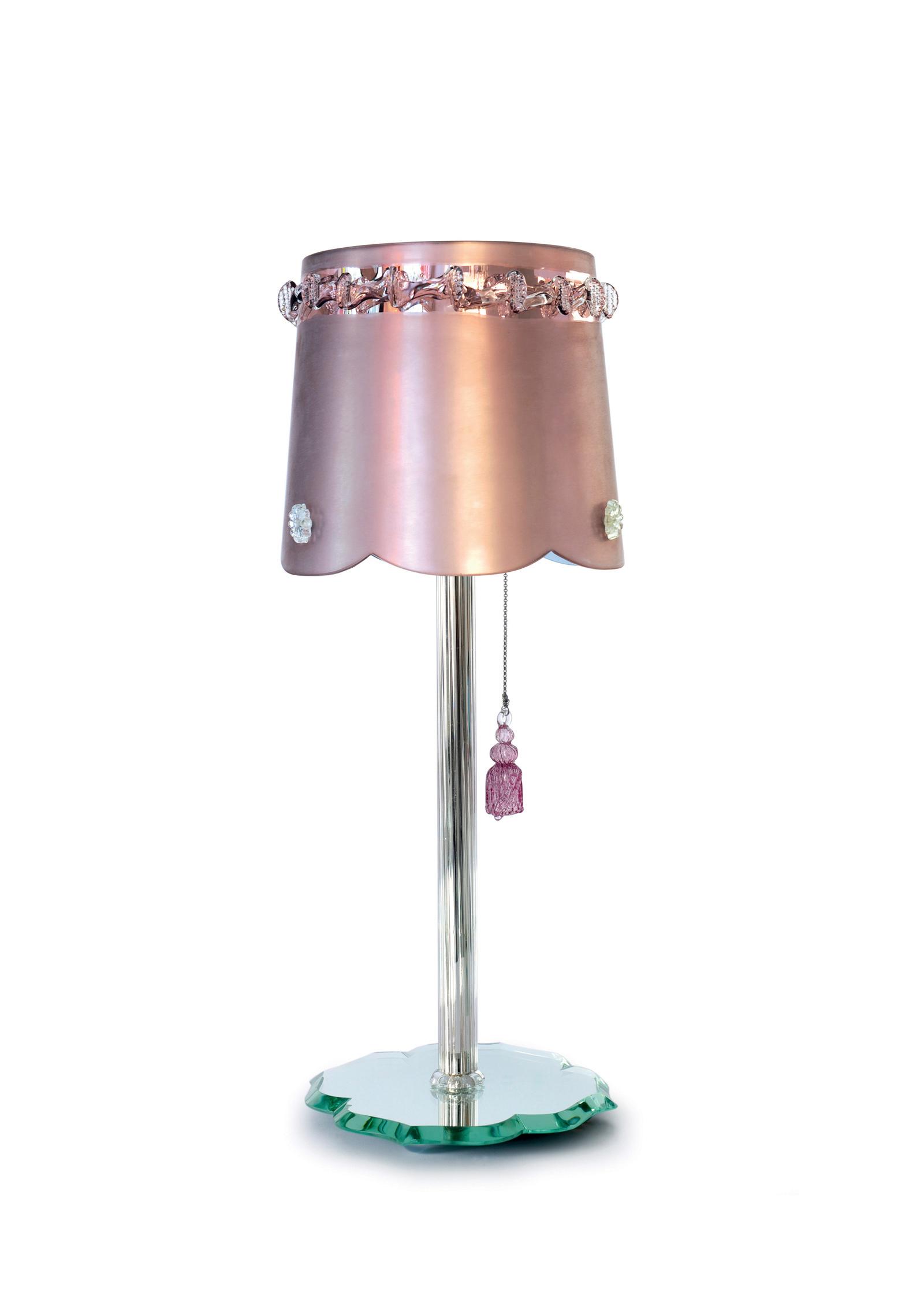 pompon-miroir-rose-pink-mirror-chantal-thomass-veronese.jpg