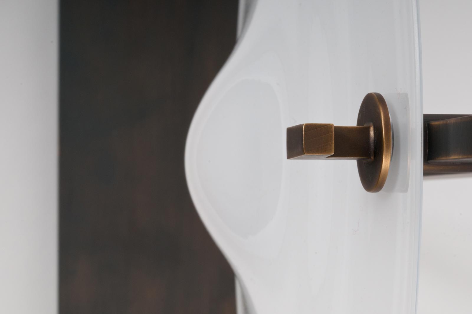 orbe-table-bronze-soie-silk-patrick-naggar-veronese-2.jpg